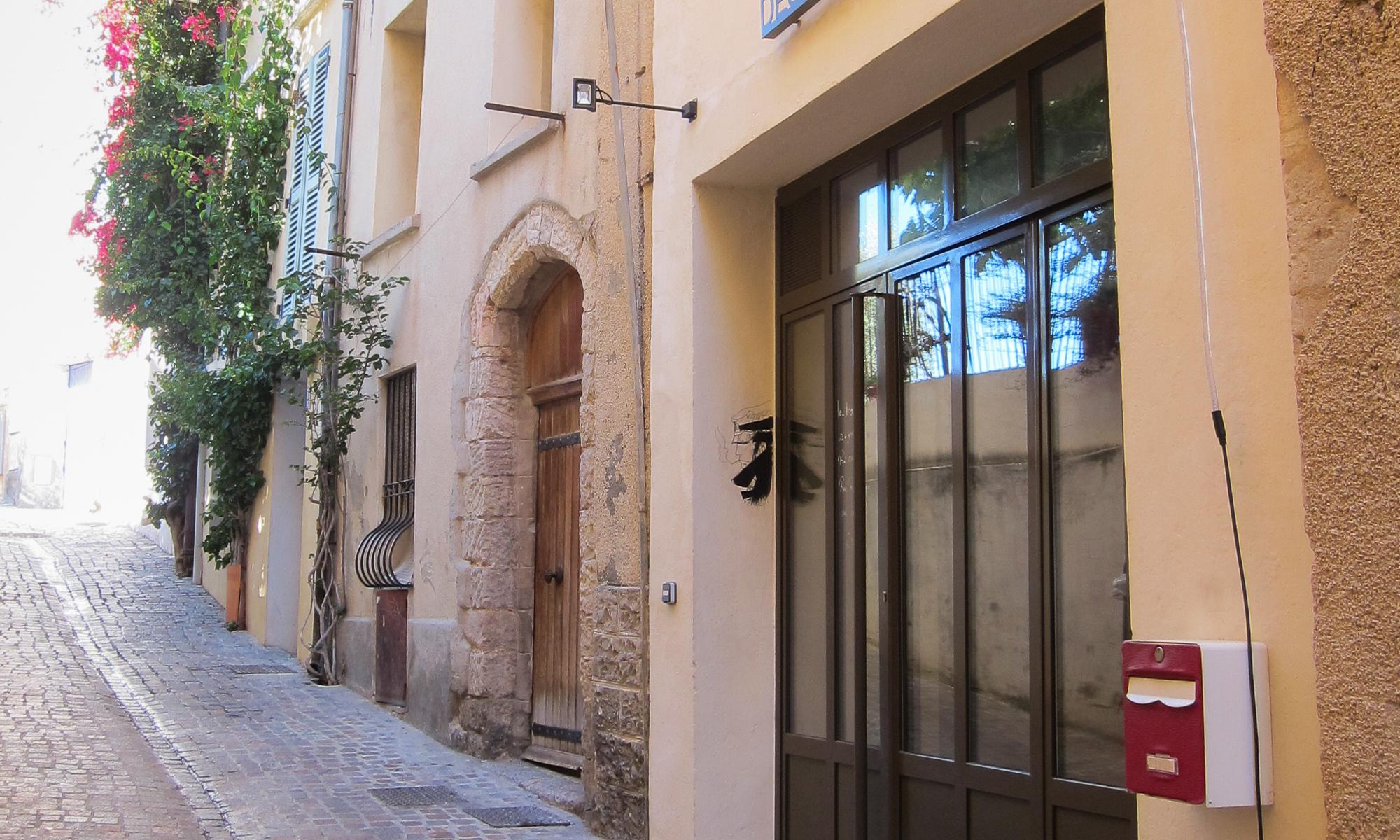 Le nouvel atelier de Photographie de Peinture à Hyères